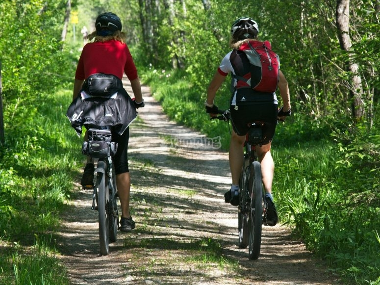 Trails through Canfranc for bicycles