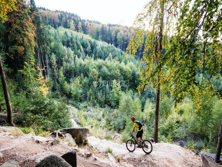 Mountain biking routes in the Pyrenees