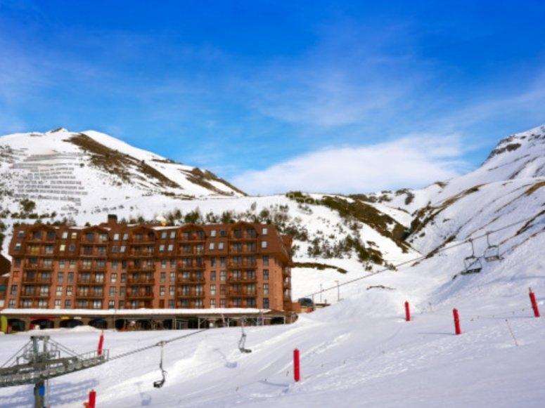 滑雪胜地的Astún
