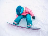 Children's snowboarding classes