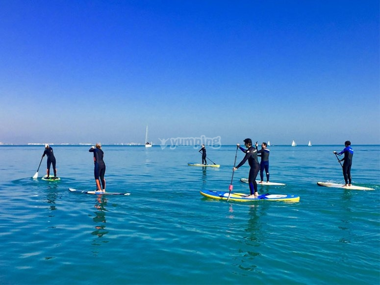 Alquiler de paddle surf con amigos