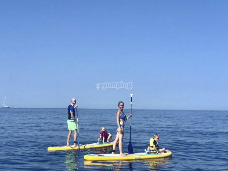 Alquiler familiar de paddle surf