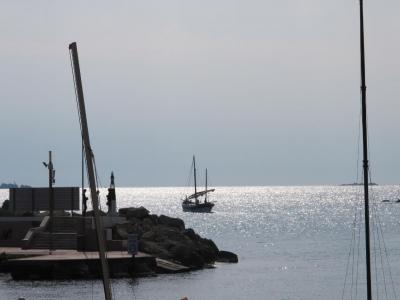 乘船游览Islas Hormigas。从10年