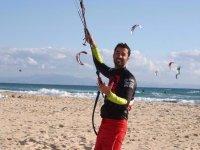 Kitesurf en playa gaditana