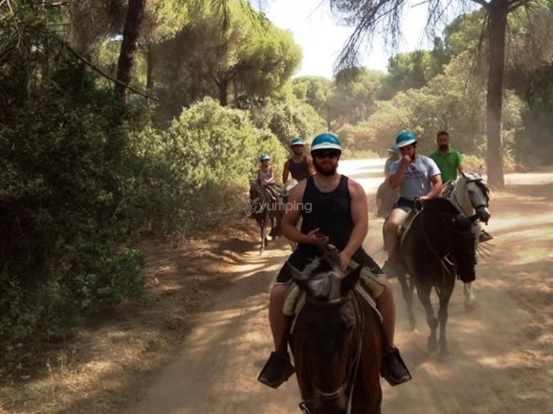 Salida a caballo con la familia