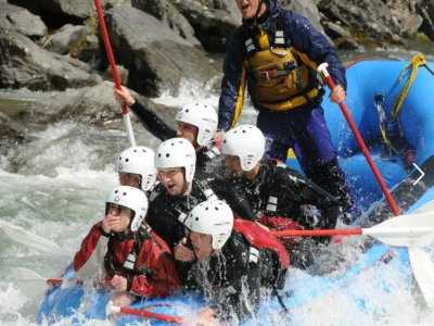 La Rafting Company Team Building