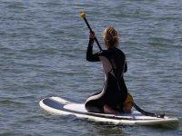 En la tabla de paddle surf