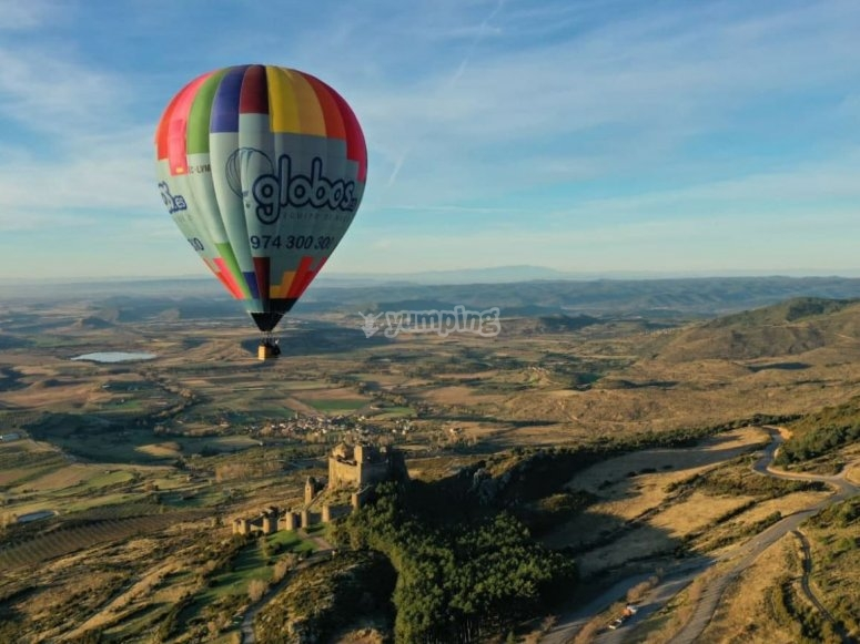Hot air balloon over the castle of Loarre