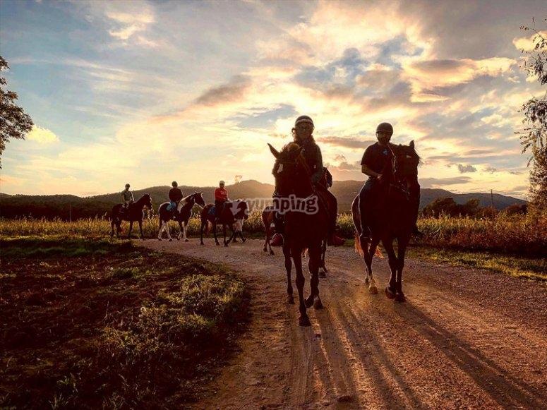 Pla de l´Estany a caballo