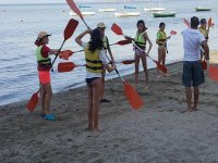 Practicing the positions with the paddle in Murcia