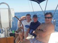 Tripulantes del barco de excursion
