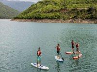 Paddle surf nel serbatoio