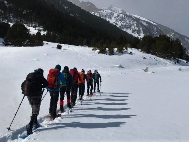 Snowshoeing route to the Seven Peaks