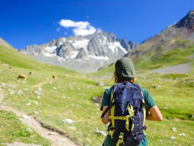 到七峰的徒步旅行路线4小时