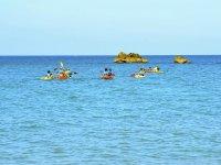 Paseo en kayak por playa de las Tres Piedras
