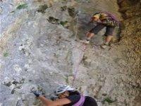 辅助铁索攀岩登山