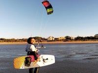 Listos para un curso de kitesurf
