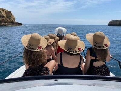 Despedida de soltero en barco por Gandía y bebidas