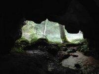 Adentrándonos en la cueva