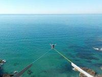 Puenting en la costa vasca
