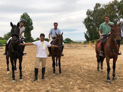 3至6岁儿童的骑马课1小时