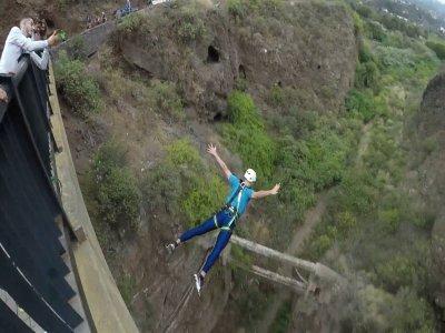圣布里吉达30米蹦极跳跳1小时
