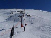 穆尔西亚附近滑雪