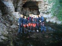 En la cueva del rio mundo
