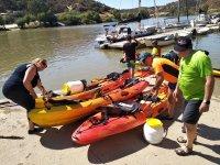 Llegada a Pomarao con los kayaks