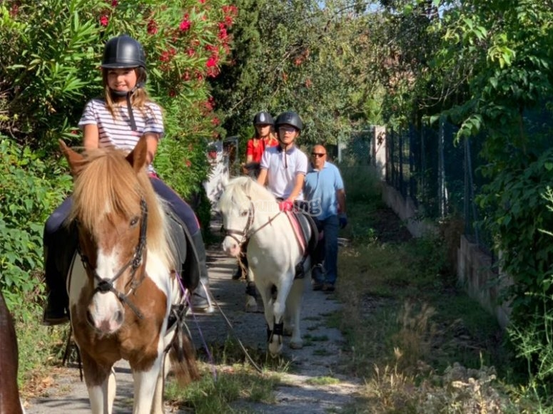 穿越Marina Alta骑马