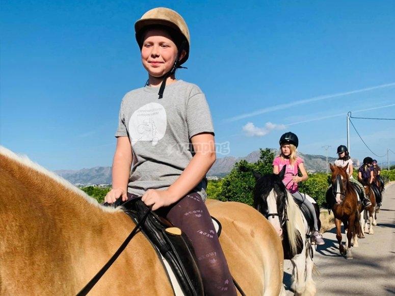 骑马-了解蒙哥(Montgó)周围