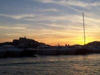 Yates en el puerto de Ibiza