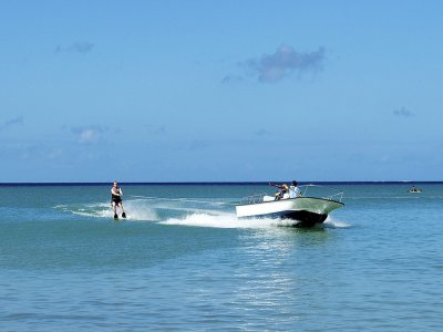 Water Sports Boca Rio Esqu� Acu�tico