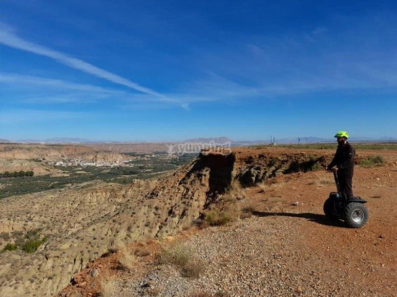 通过Jaén乘Segway游览