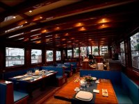 我们的船上餐厅