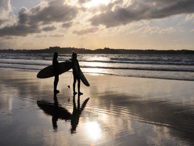 Latas Surf House Surf