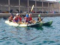 carrera en kayak