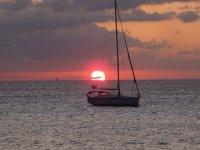 Sunste in the boat