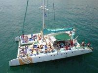 Catamaran para 100 pax