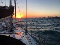 Atardecer en barco sobre Valencia