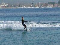 Pratica sci nautico a Ibiza