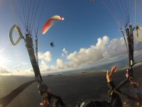 Greeting to another paraglider