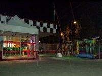 zona de recreativos y cafeteria de joma karting