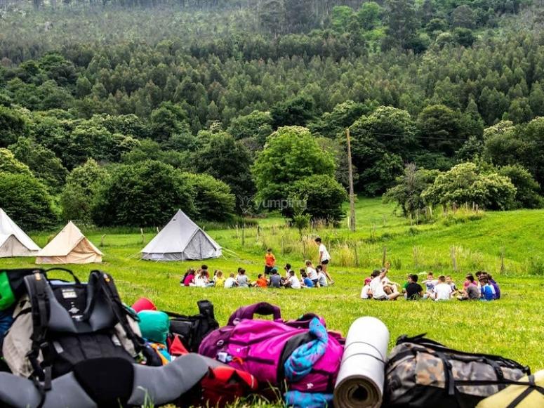 Campamento urbano en el parque