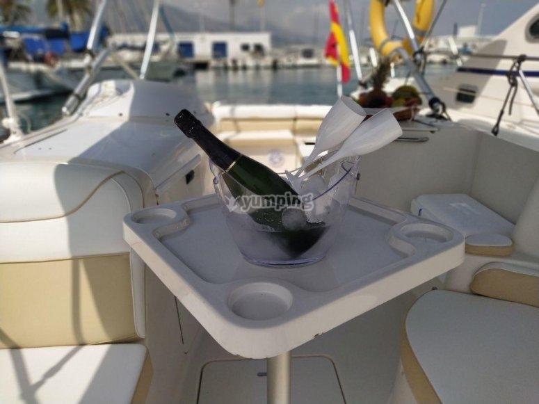 Champán a bordo
