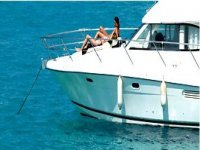 甲板上的日光浴