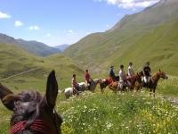 穿越巴塞罗那山谷的骑马之旅