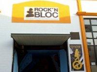fachada de un rock and bloc