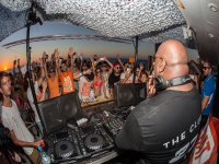 Musica dei DJ a bordo