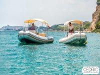Dos embarcaciones juntas